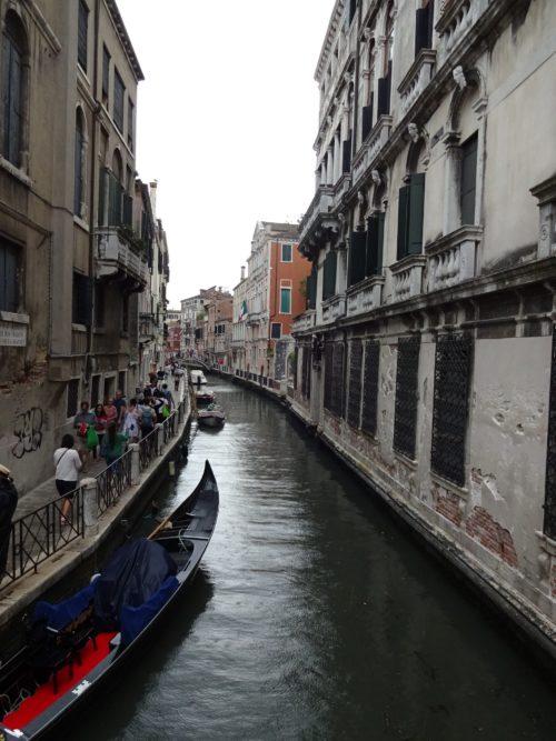 雨のベネチア