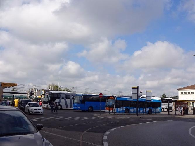 ベネチア メストレ バスステーション