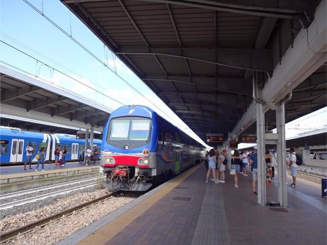 Trenitalia トレニタリア