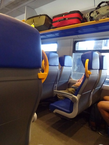 Trenitalia レオナルド・エクスプレスの車内